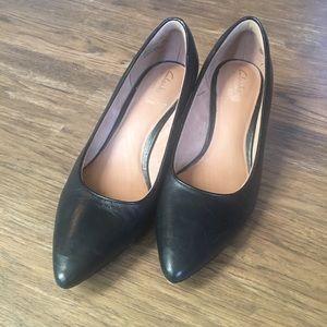 Clark's kitten heels
